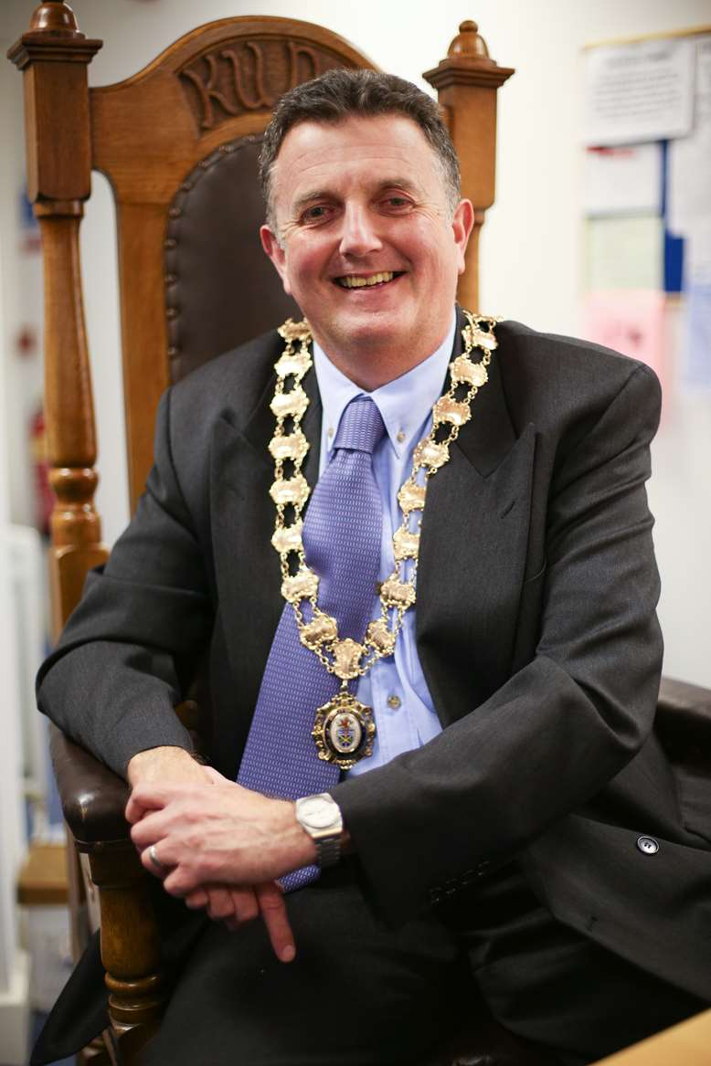 Neil Forbes Town Mayor 2016
